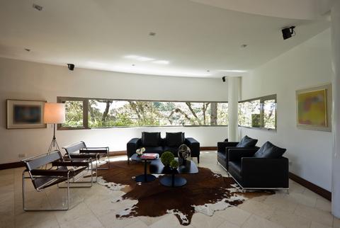 How To Make Cowhide Animal Skins Work In Modern Interior Design
